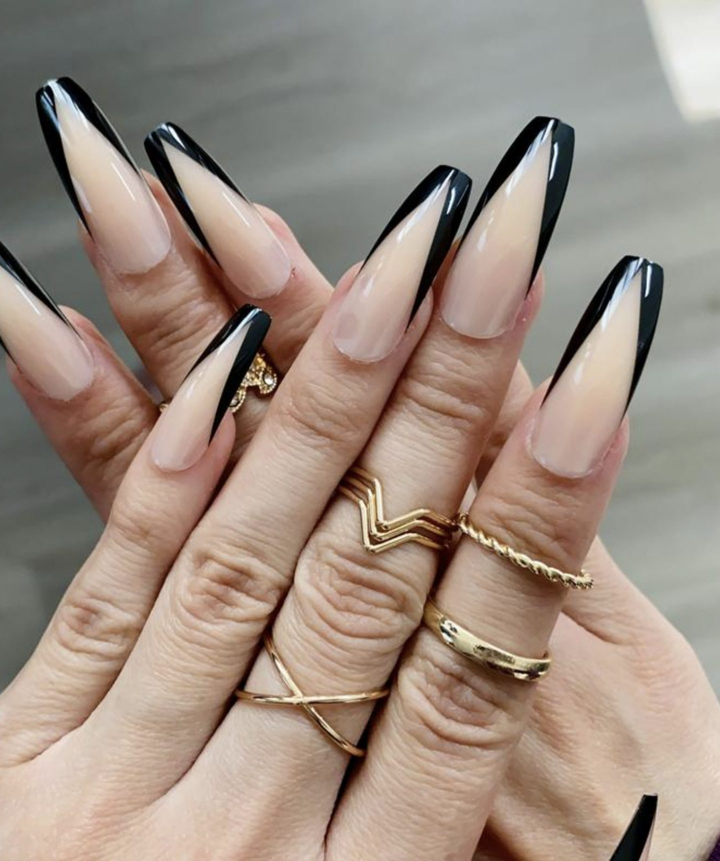 Black French tip coffin nails