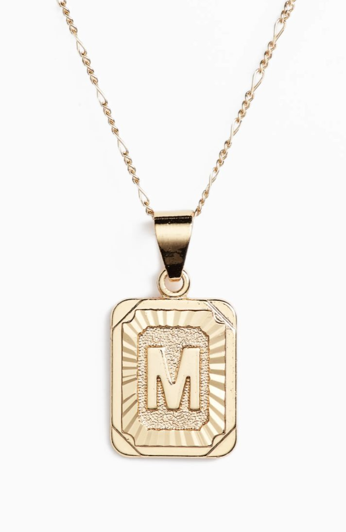 Jewelry gifts every girl wants from her boyfriend: gold initial necklaces
