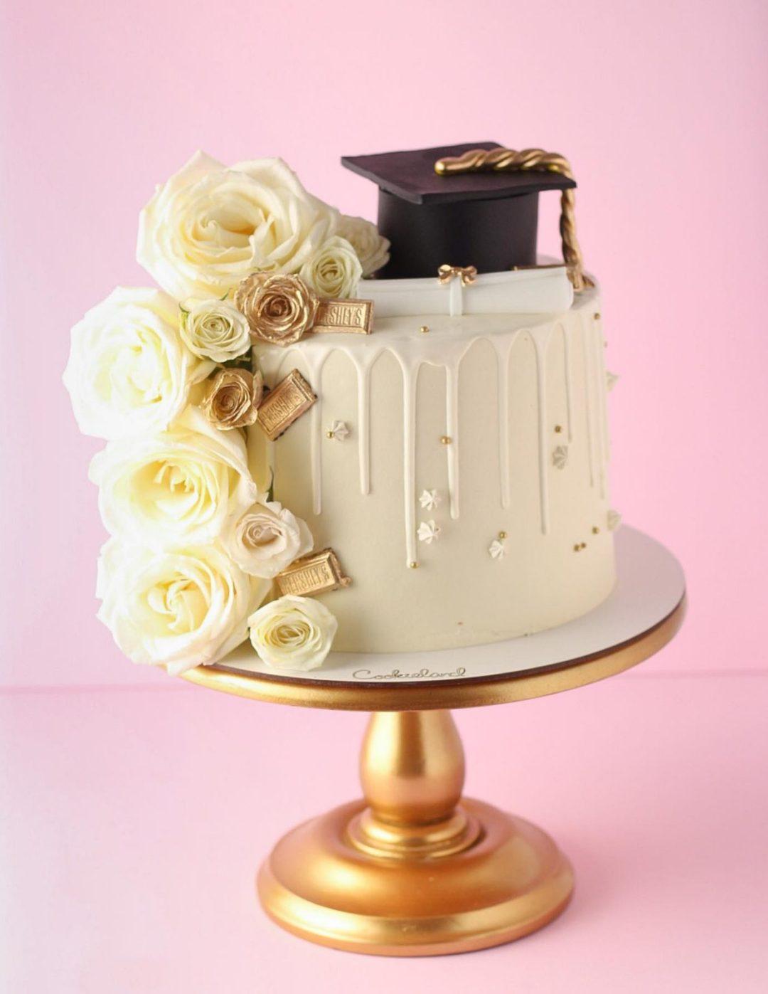 Elegant white graduation cake ideas with roses