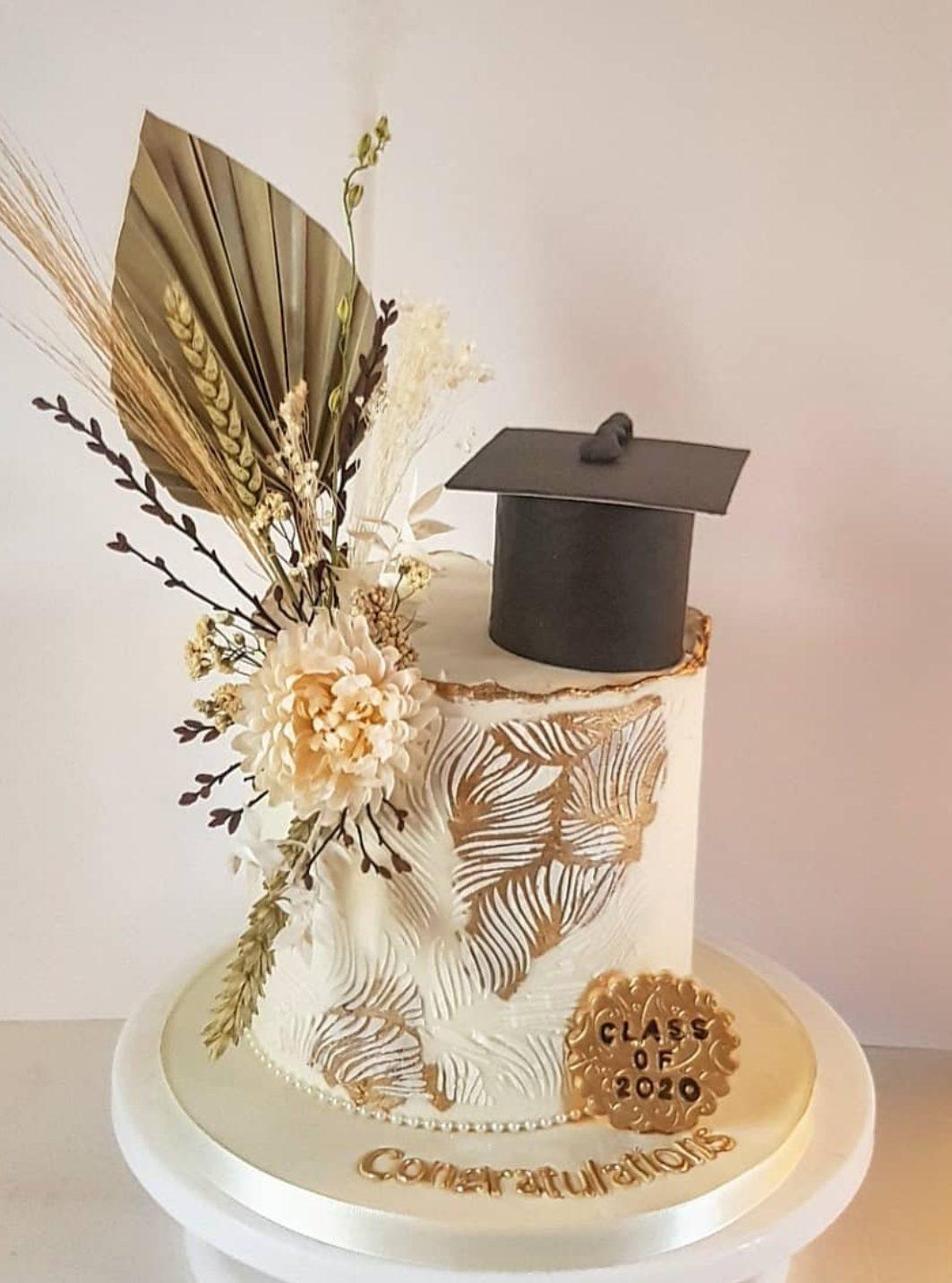 Elegant graduation cake ideas