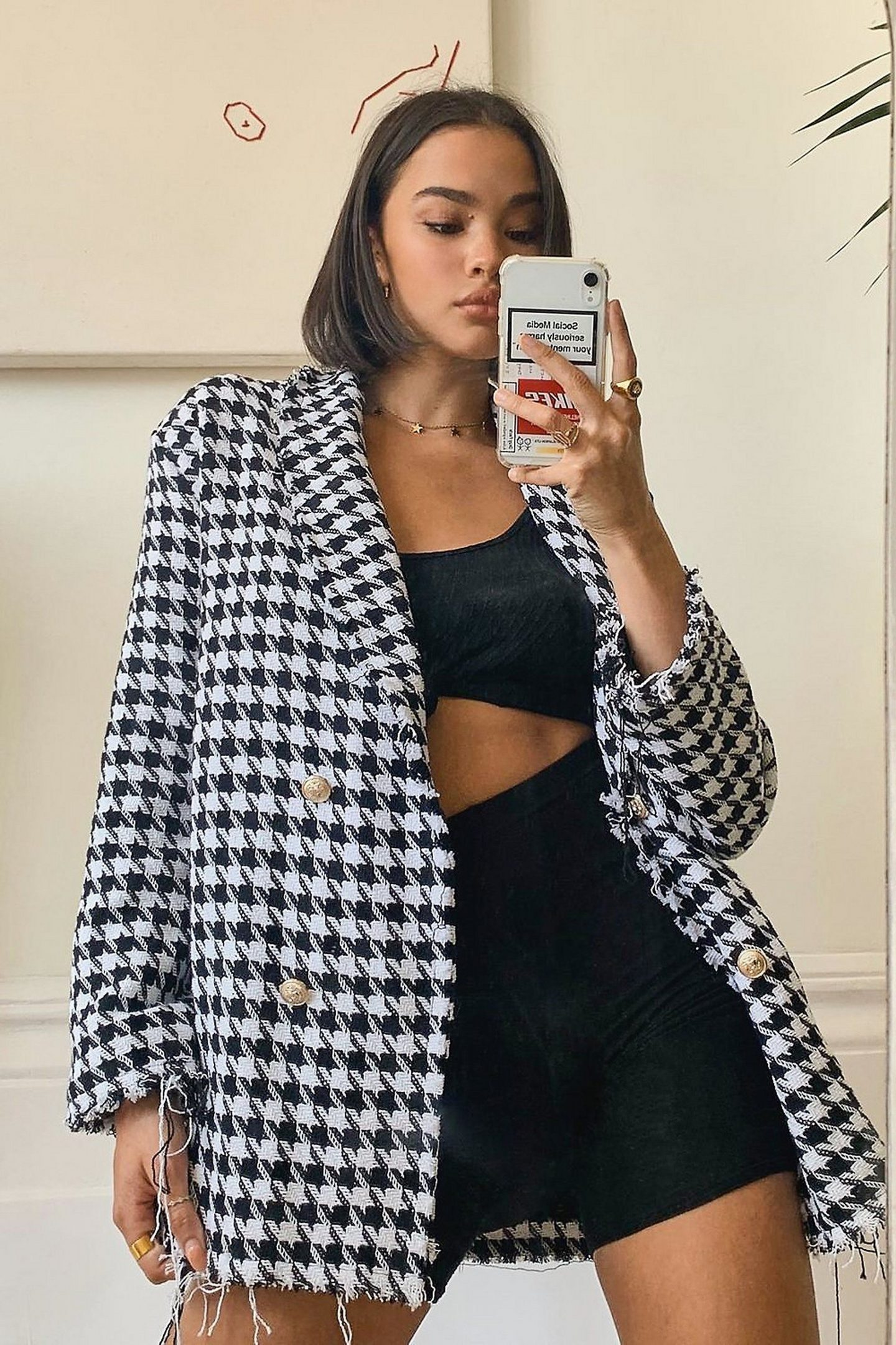 Black and white houndstooth blazer outfit