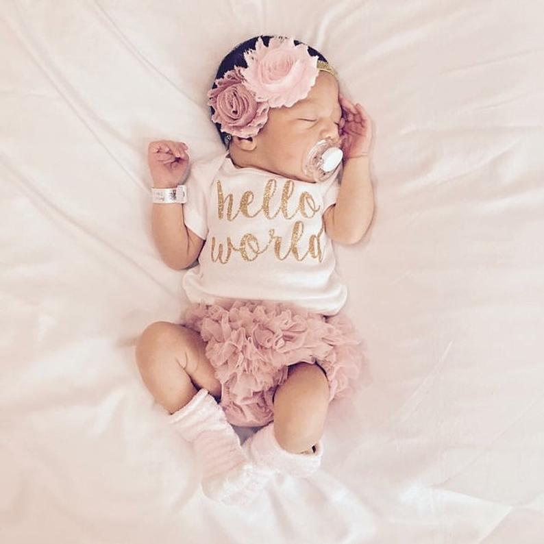 Fancy baby girl outfits for newborns