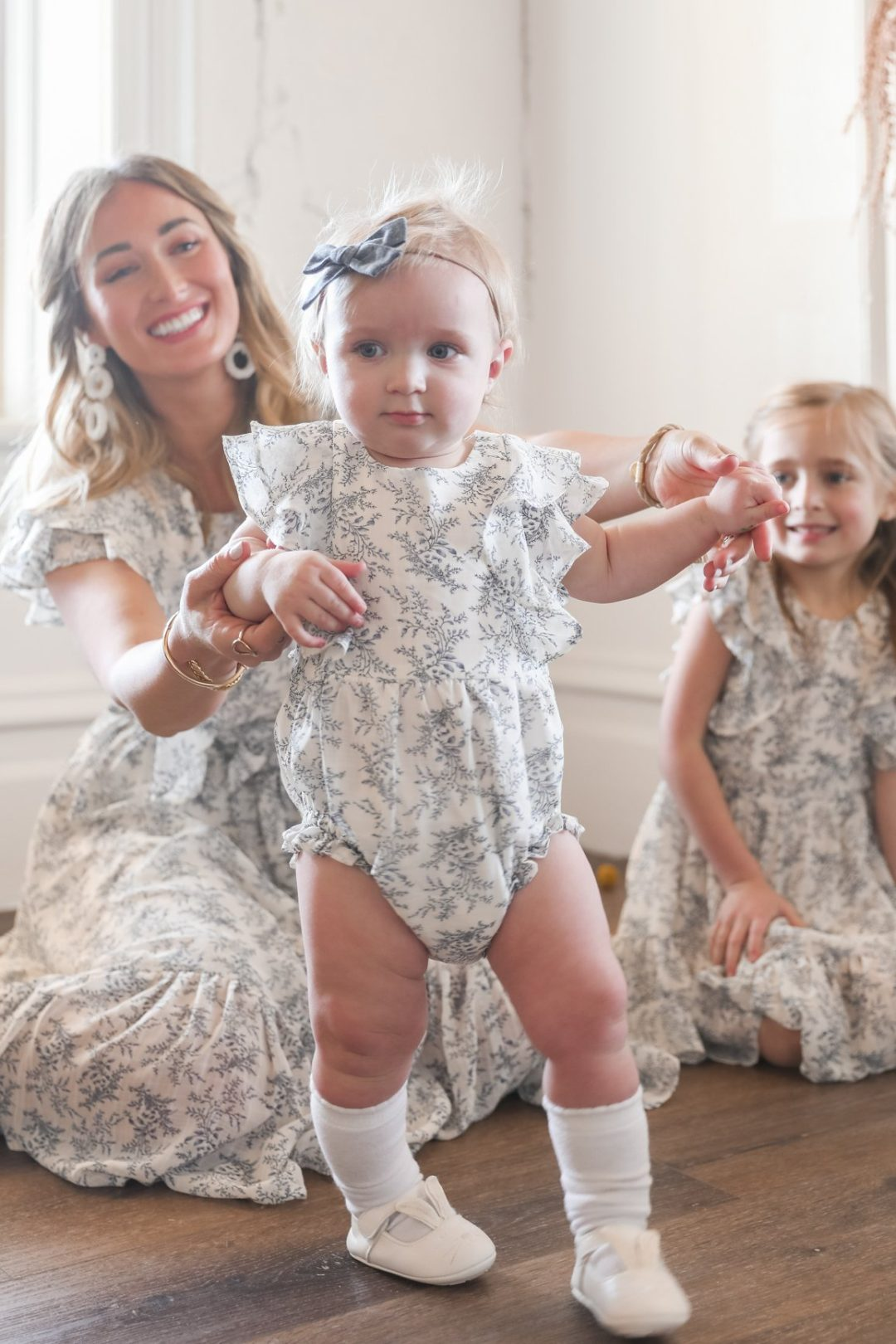 Cute mommy and me outfits - baby and mom matching outfits