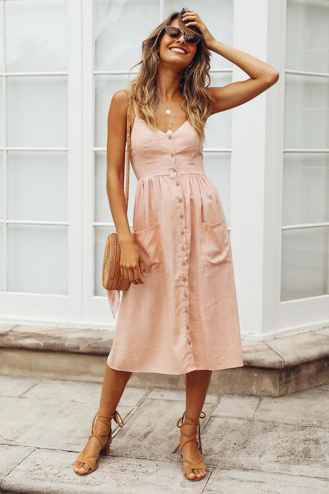 Casual summer dress - perfect casual beach outfits