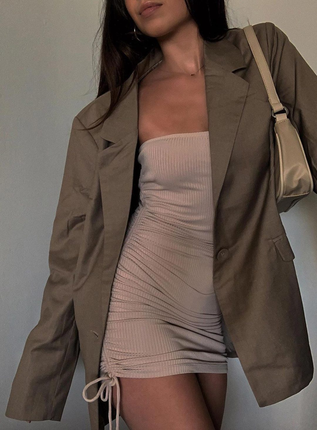 Khahki and olive green oversized blazer outfits