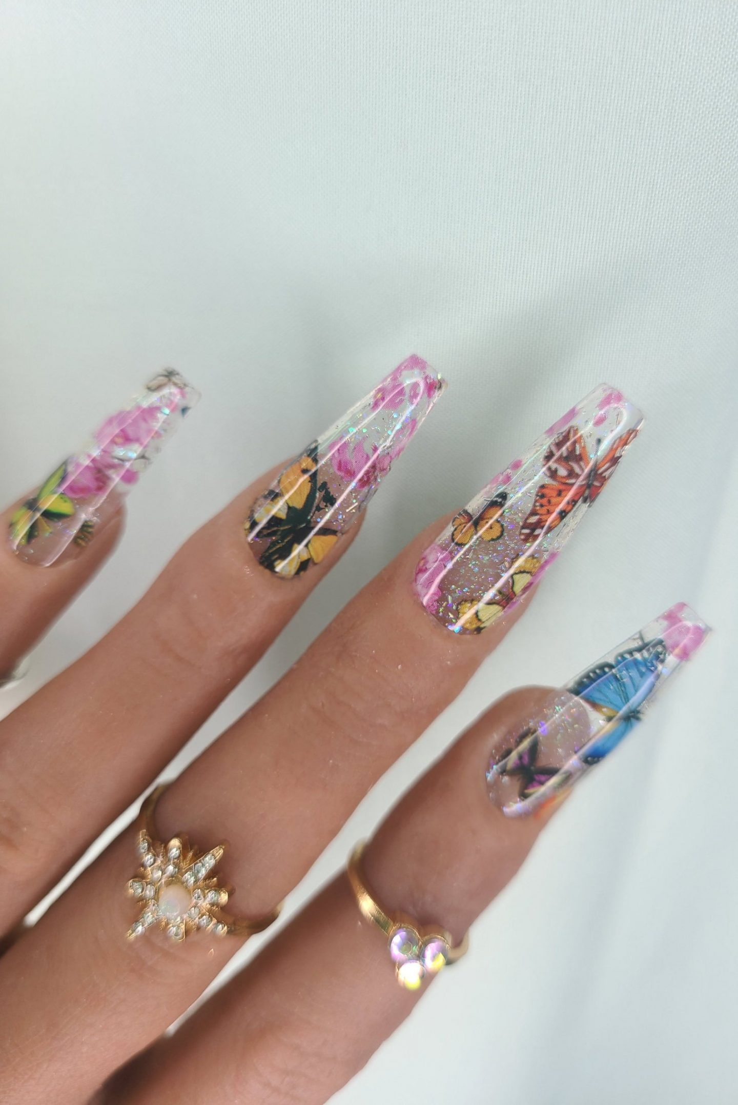 Transparent butterfly acrylic nails