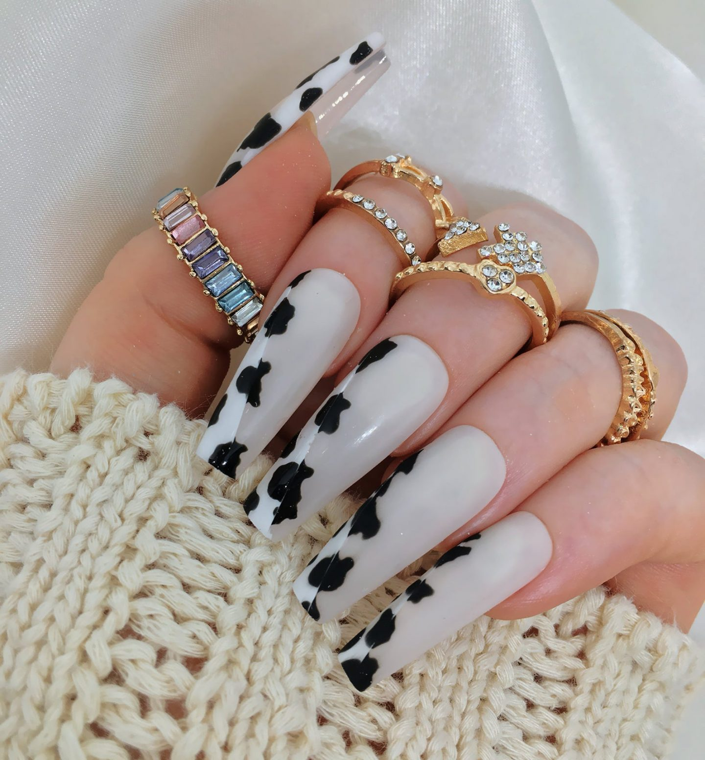 Cute cow print coffin nails