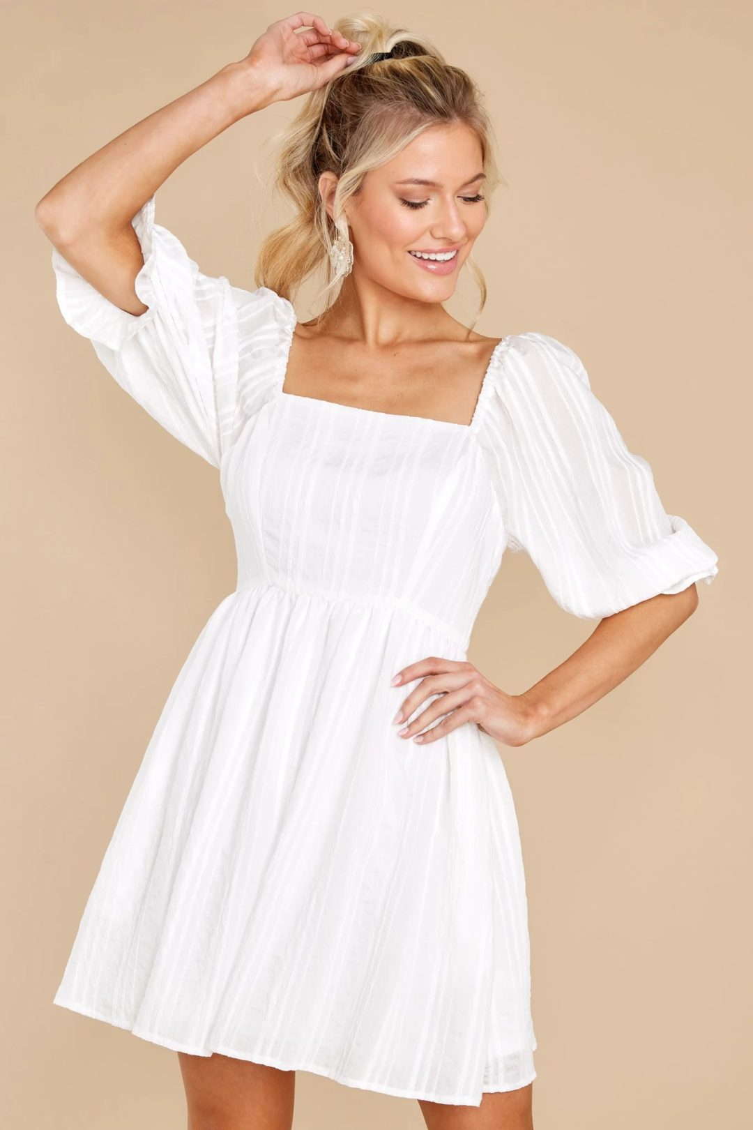 Casual mini summer dress with sleeves