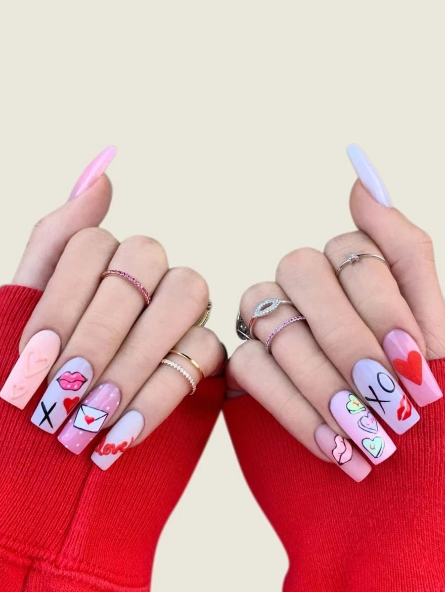 Pastel purple and pink nails with nail art