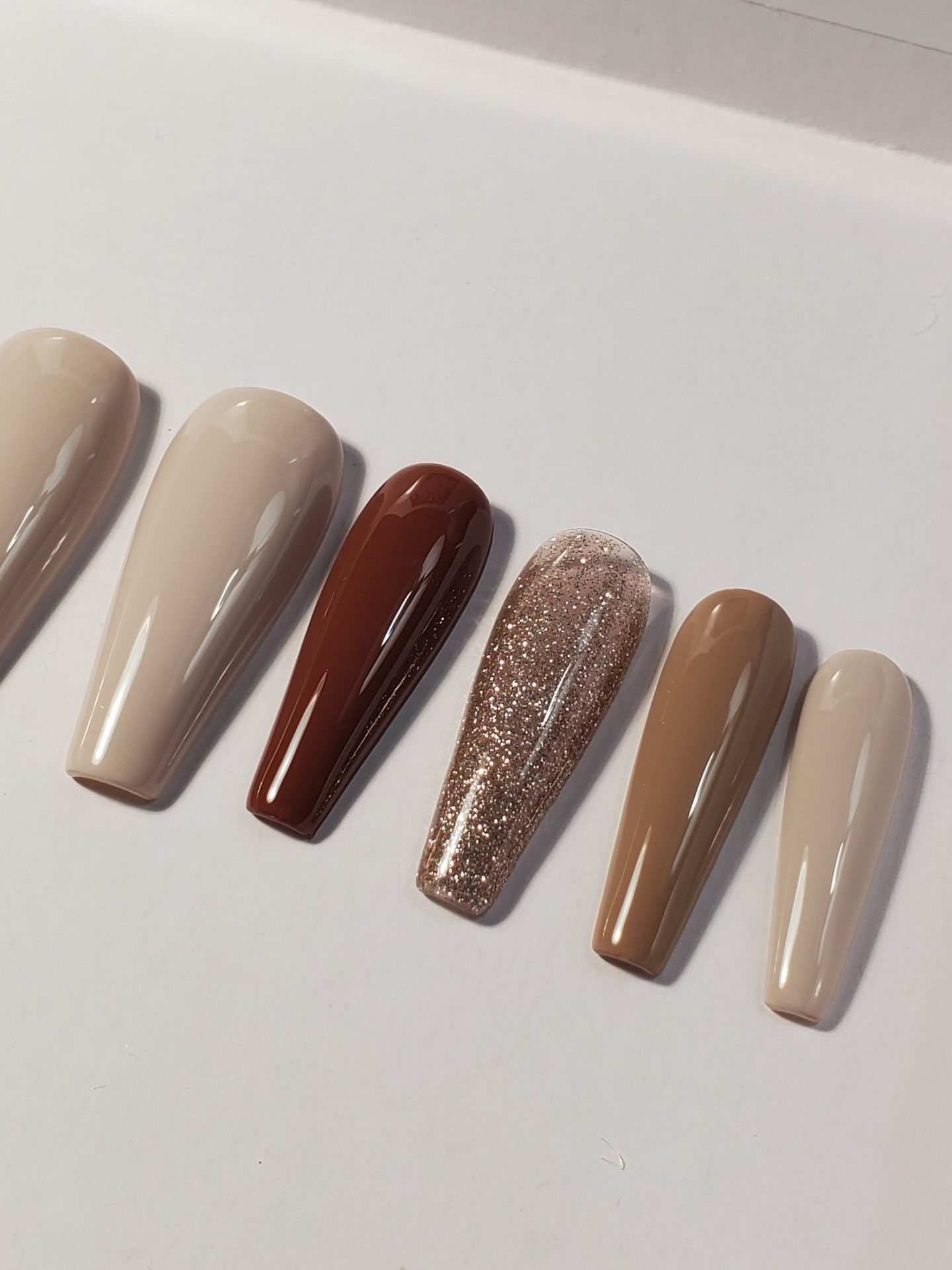 Light brown and nude press on nails with glitter