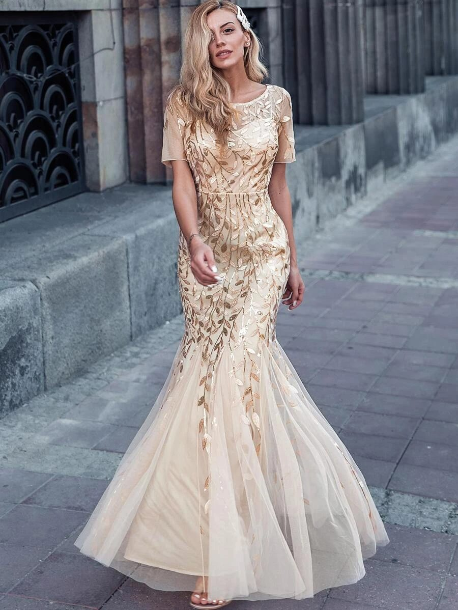 Gold embroidery dress with sleeves