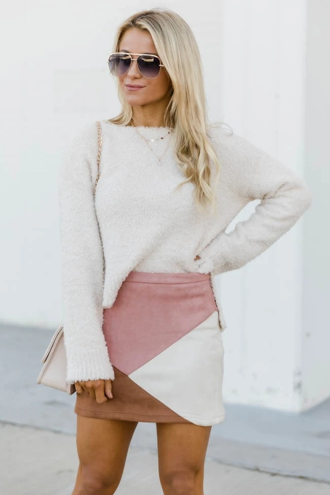 Pink mini skirt outfits