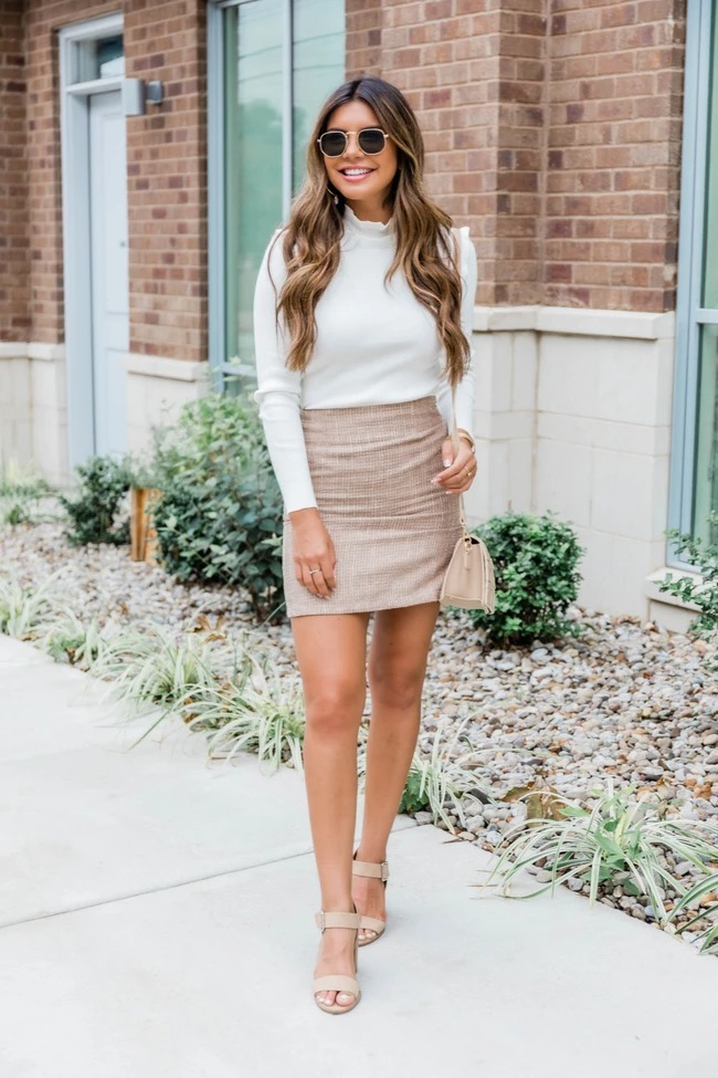 Cute business casual outfit with skirt