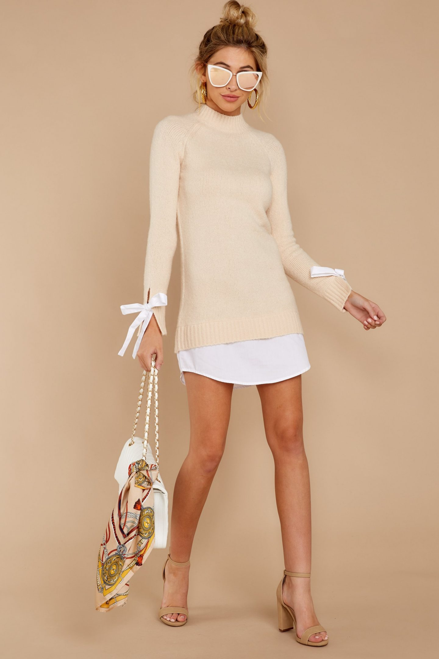 Cute spring outfit ideas with beige sweater dress