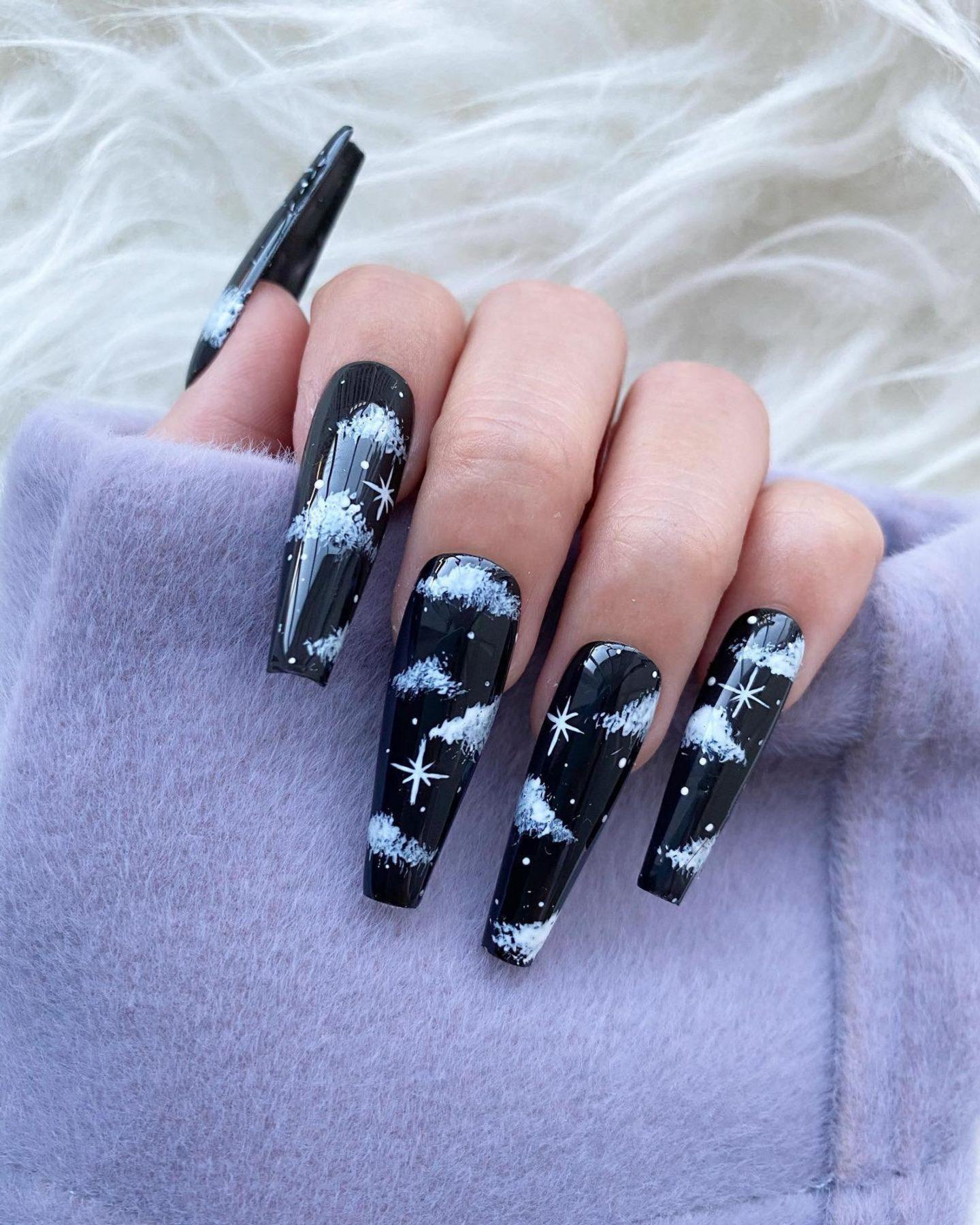 Black cloud nails