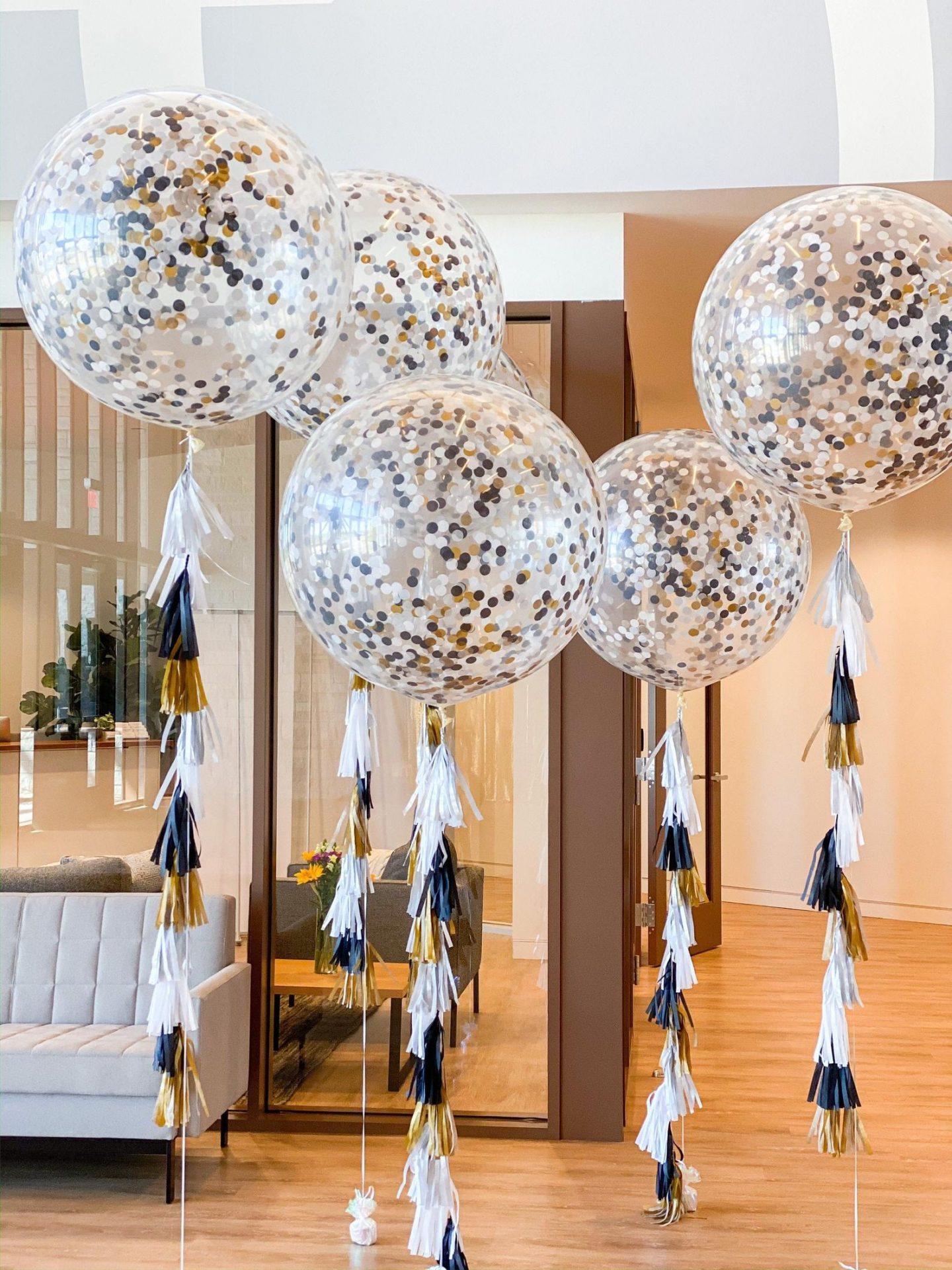 Graduation balloons with confetti