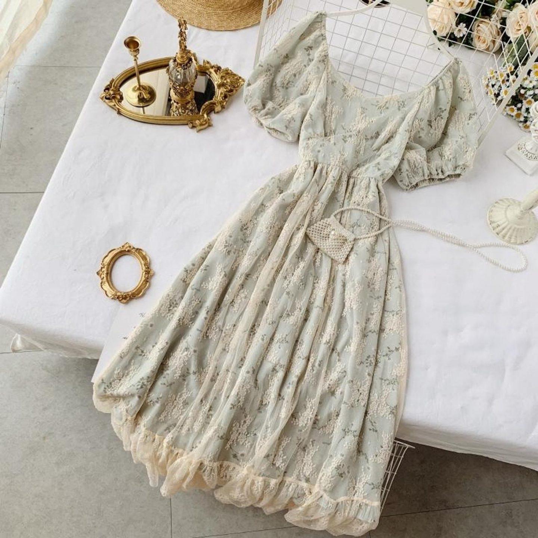 The best dresses like LoveShackFancy: Vintage cottagecore dress