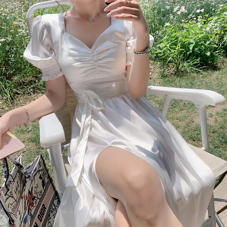 The best dresses like LoveShackFancy: White vintage cottagecore dress