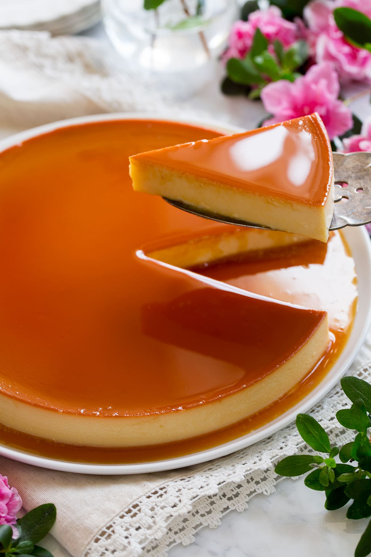Authentic Mexican desserts: Caramel flan