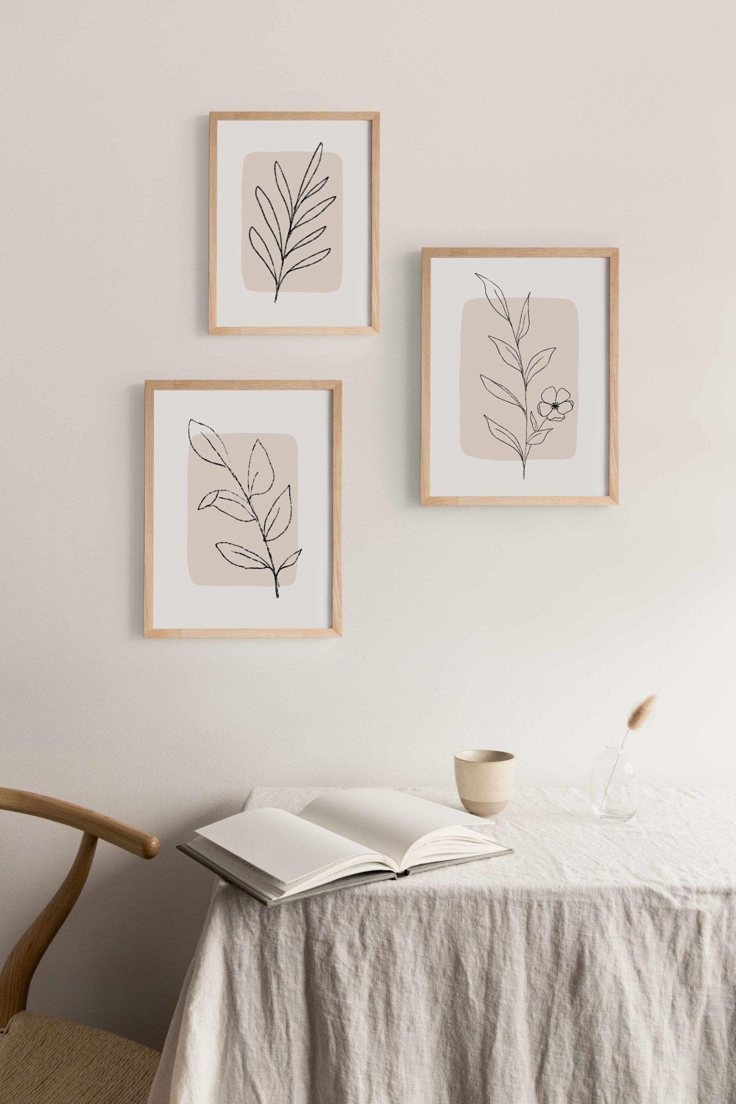 Minimalist wall decor with plants and leaves