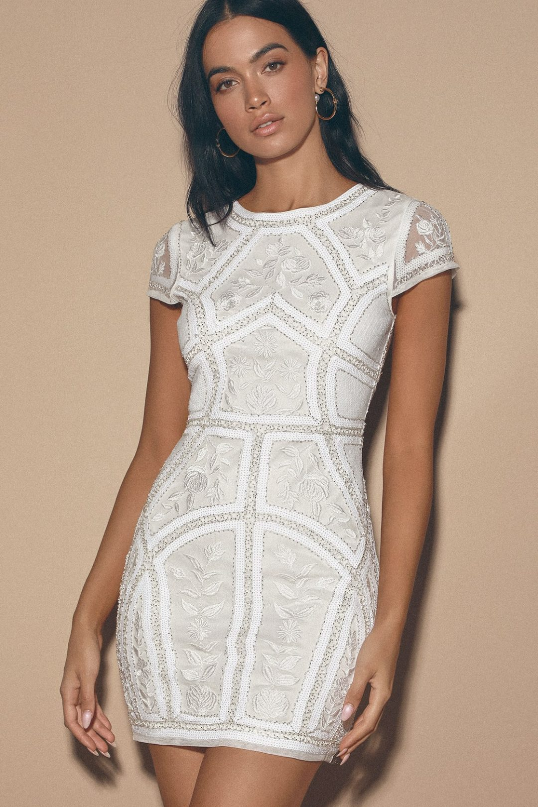 Short white graduation dress with sequins and high neck