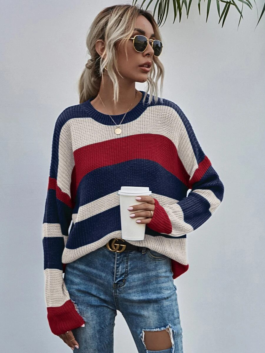 Cute 4th of July sweater outfit