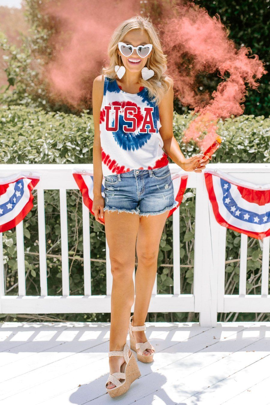 Cute casual tie dye 4th of July outfit with shorts