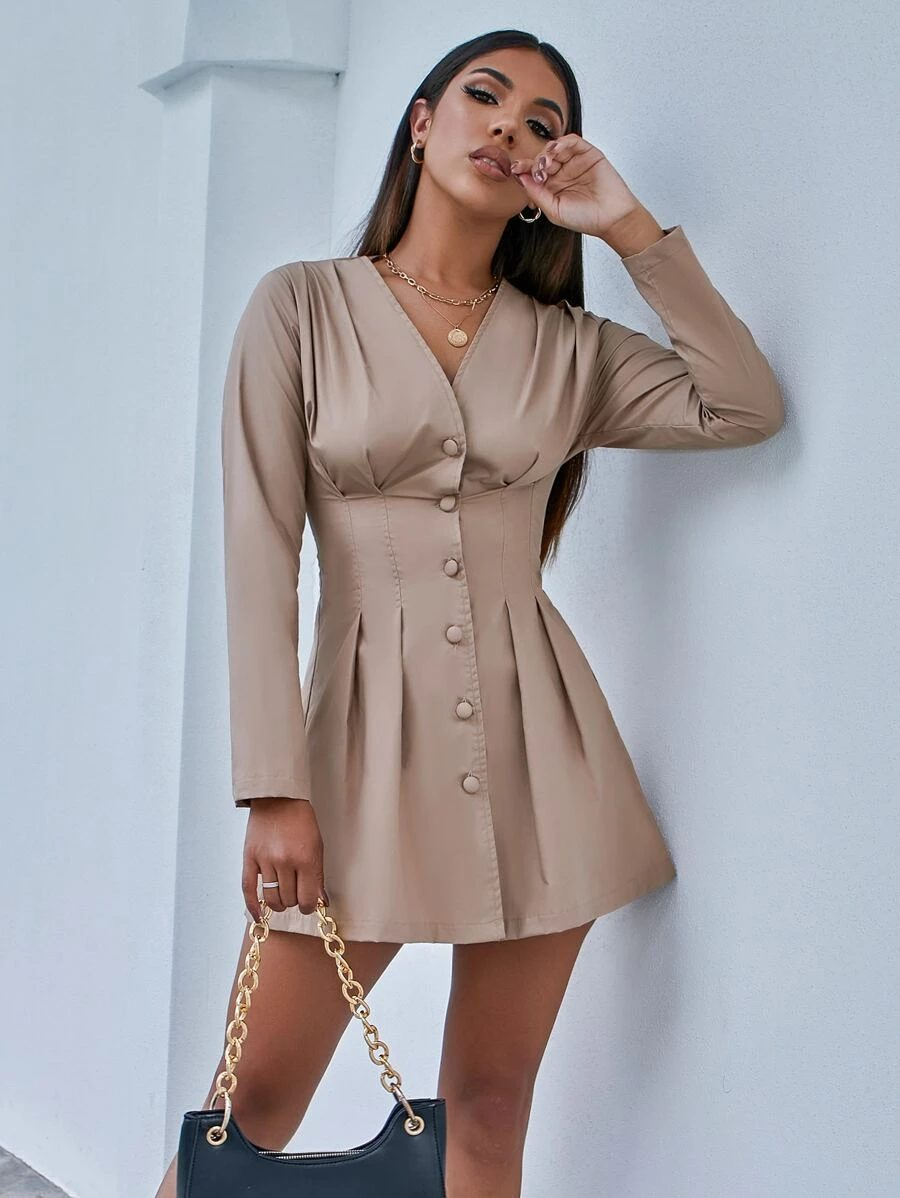 Beige corset dress outfit