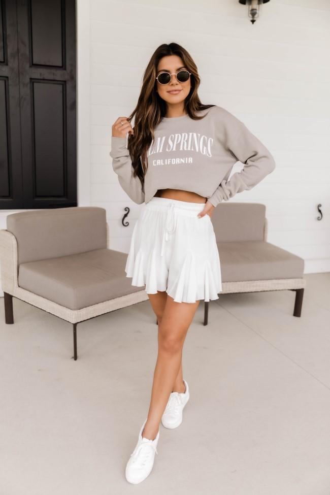 Casual summer outfits with taupe sweatshirt