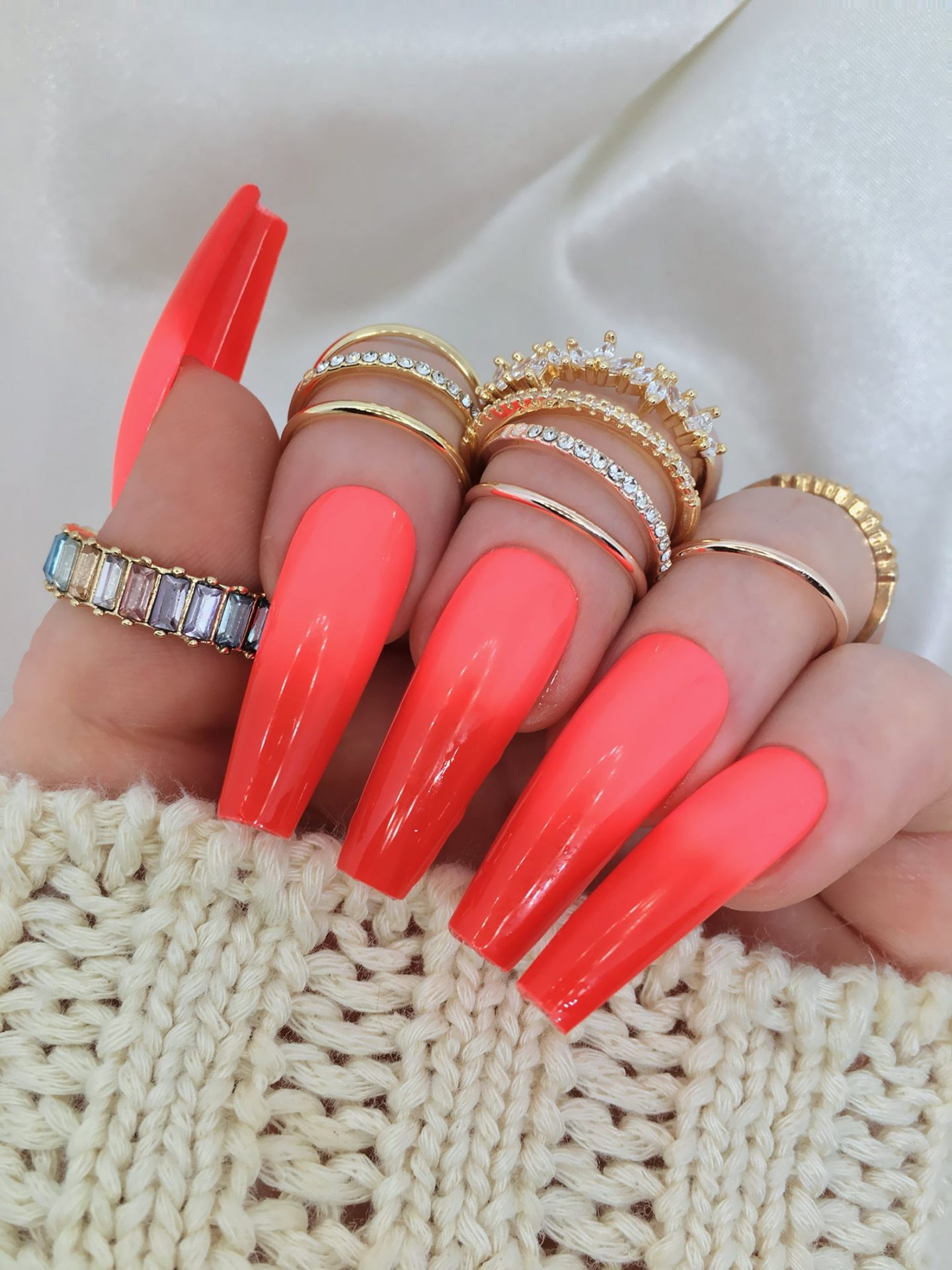 Red ombre coffin nails