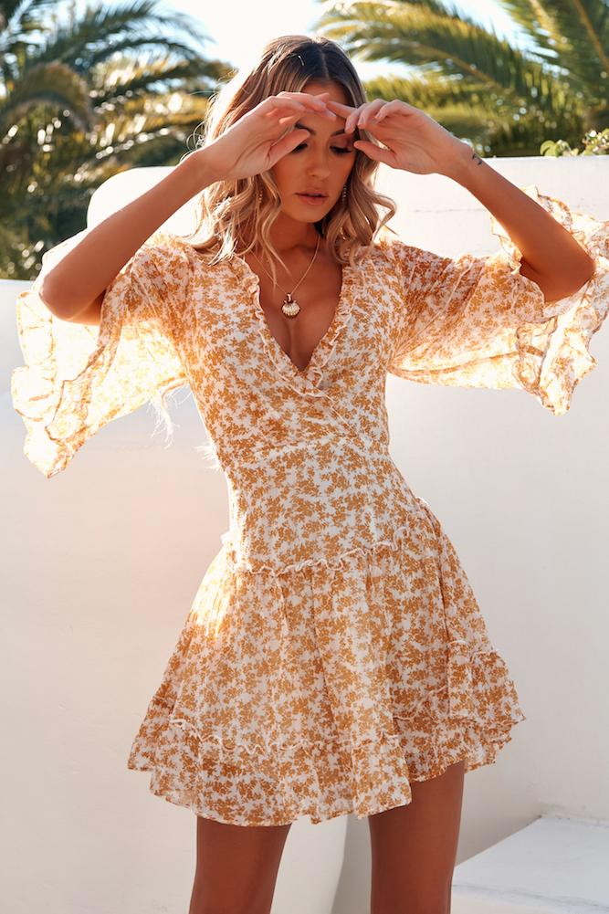 Floral summer dress with sleeves