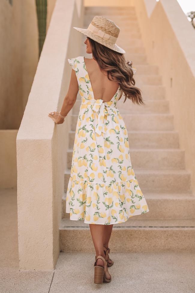 Cute maxi dress with lemon print