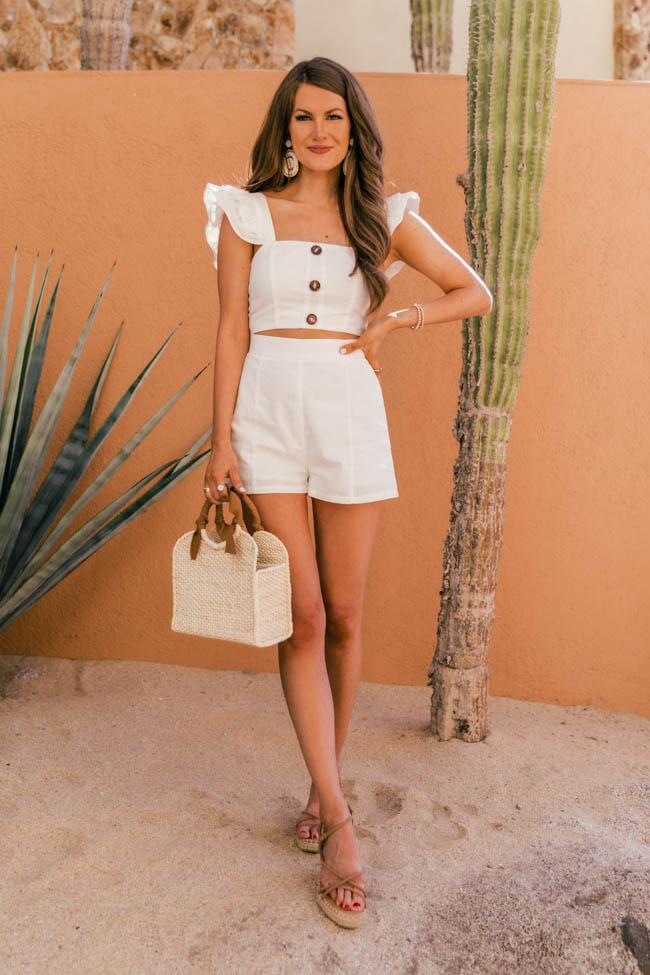 Cute white summer outfits
