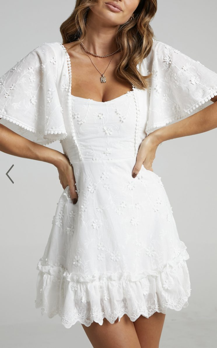 Affordable white dresses like Sabo Skirt with sleeves