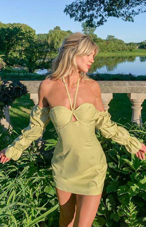 Affordable stores like Princess Polly with sage green dresses