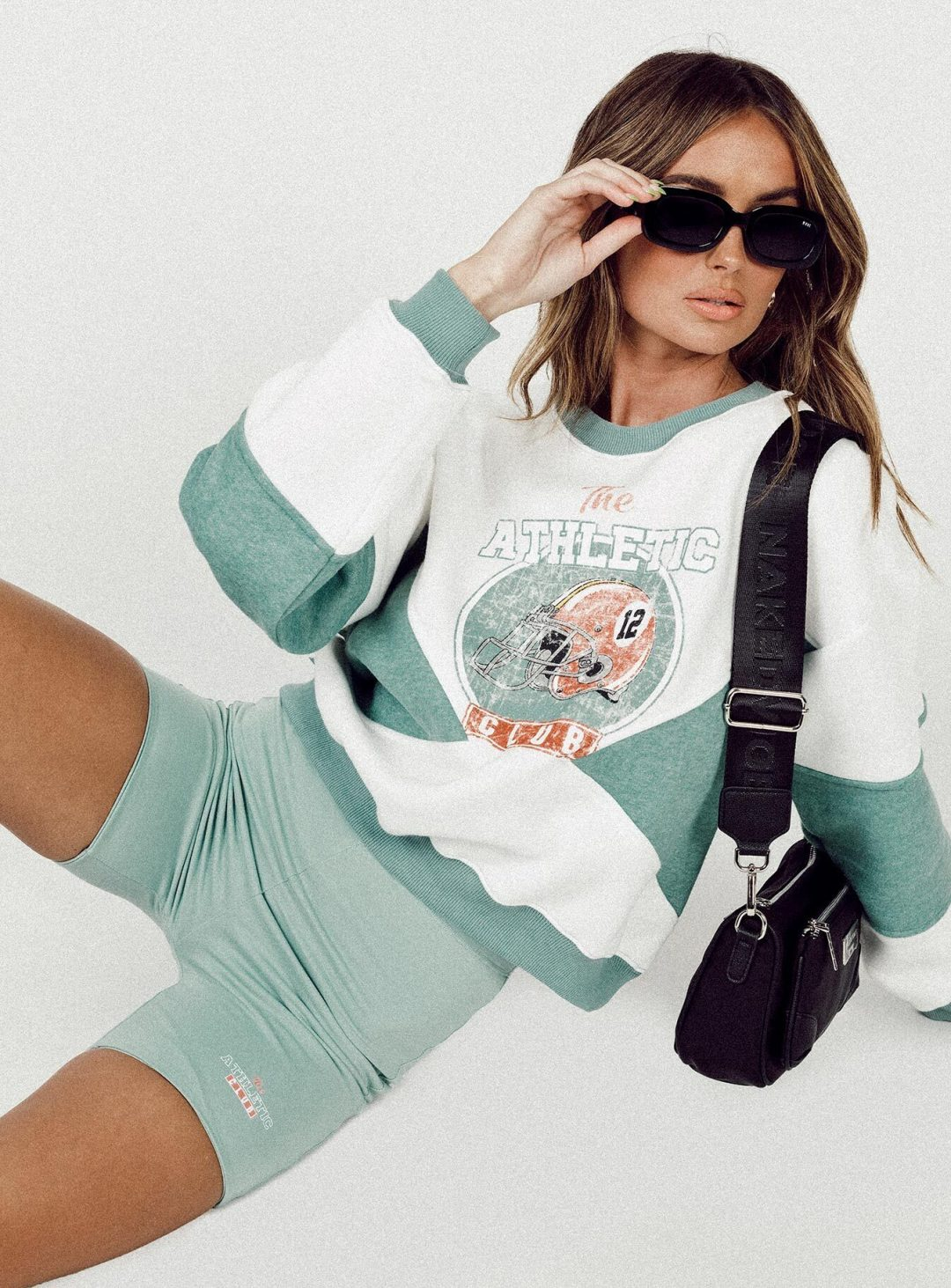 Cute washed green biker shorts outfit set in university style