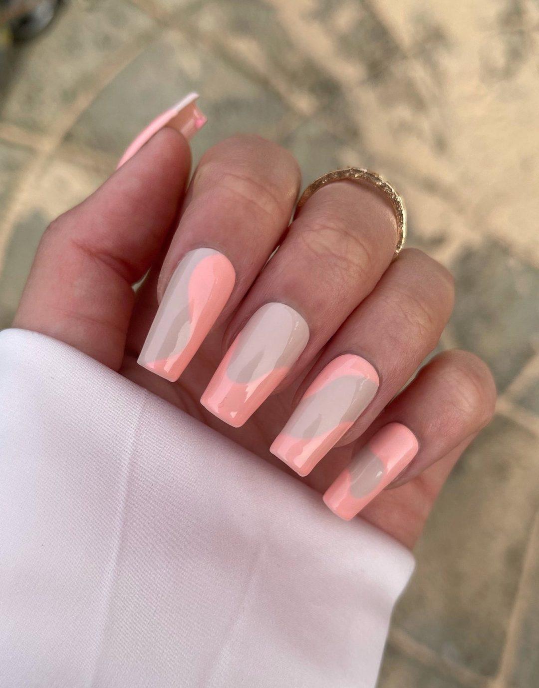 Peach abstract nails
