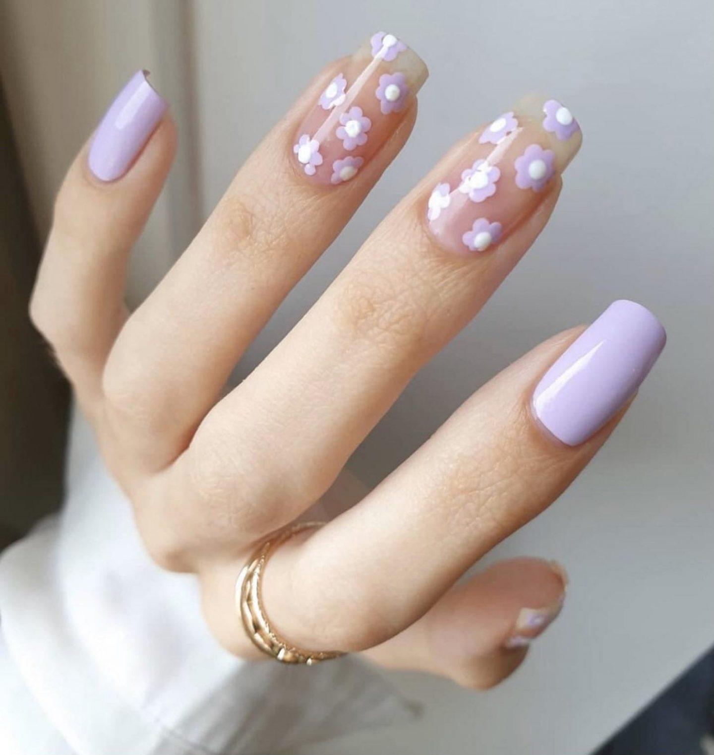 Light purple flower nail art