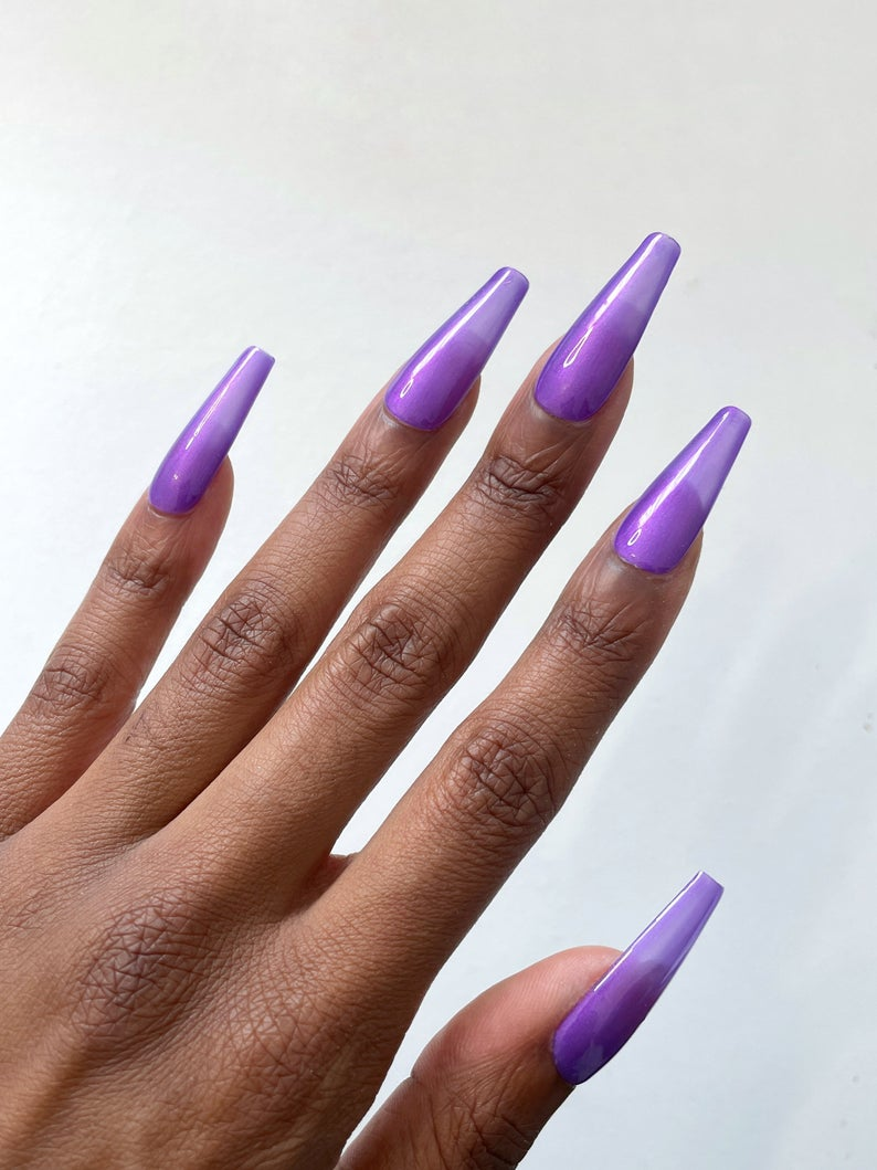 Transparent purple jelly nails