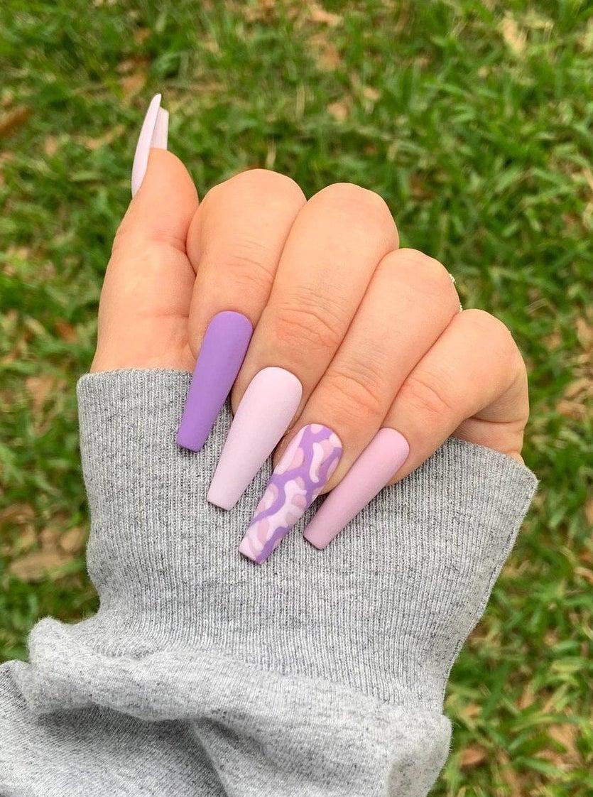 Light purple long coffin nails