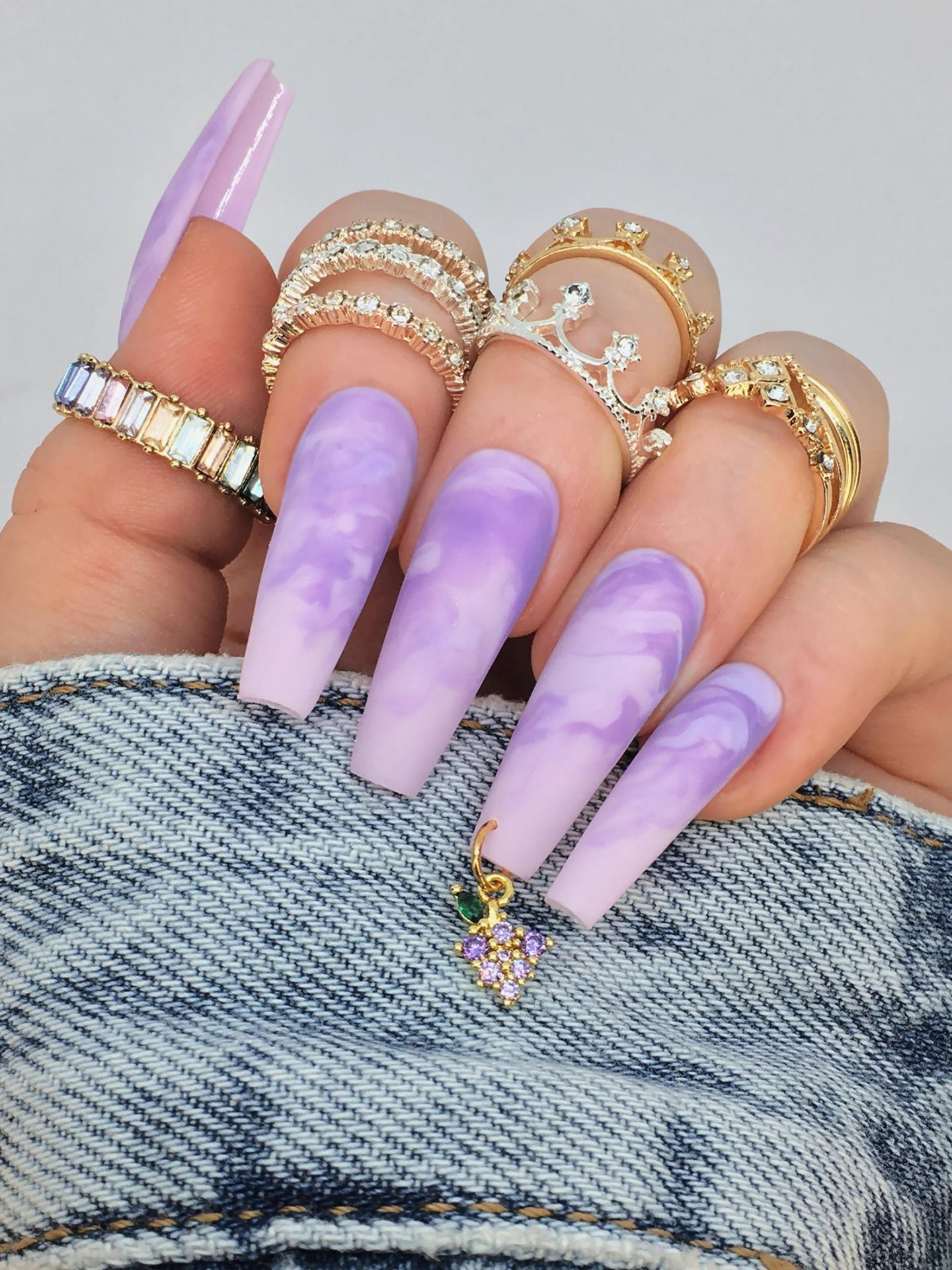 Long marble effect lavender coffin nails