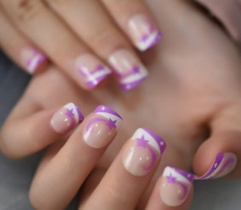 Short purple nails with star nail art