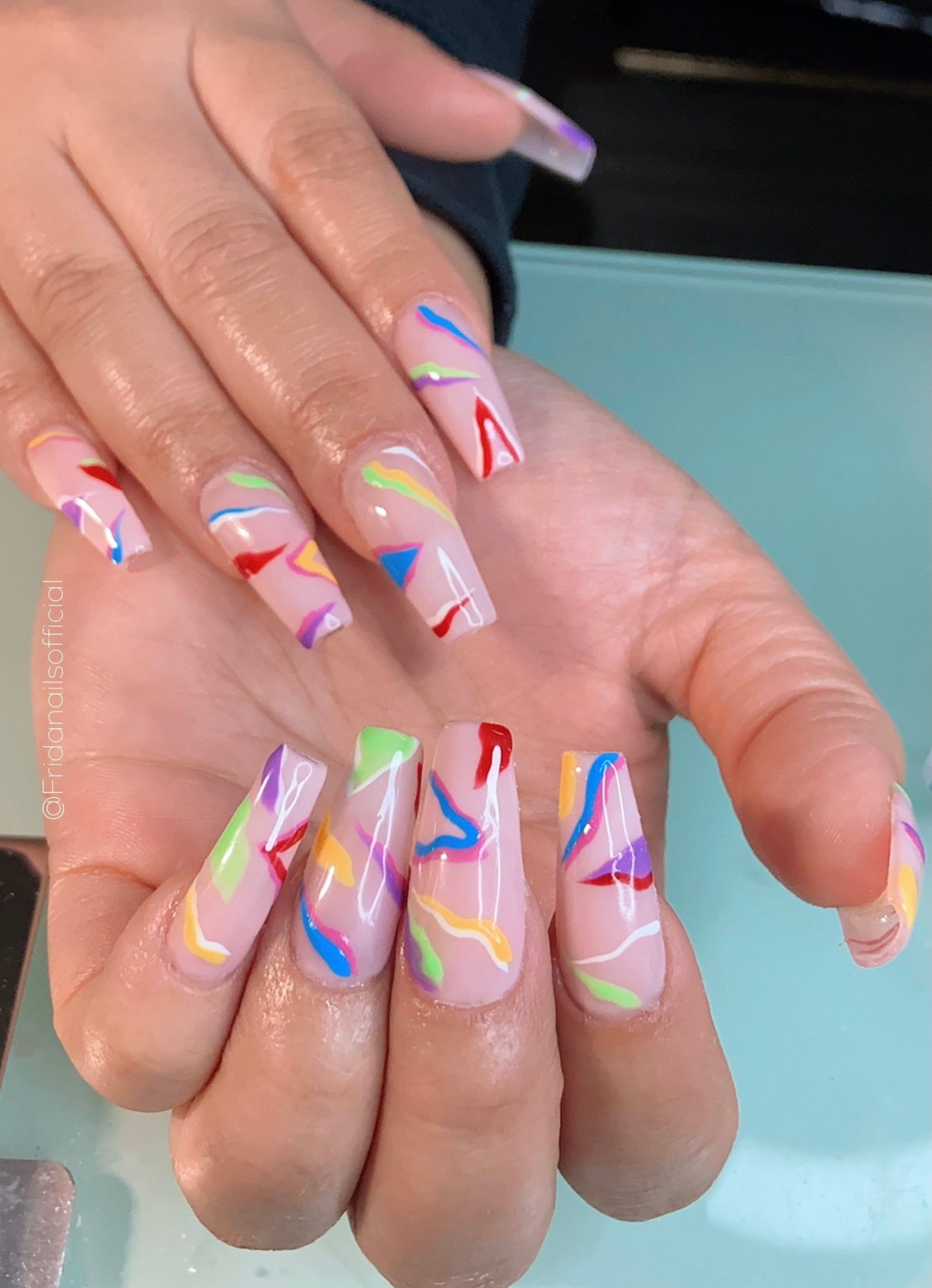 Abstract rainbow nails with splatters