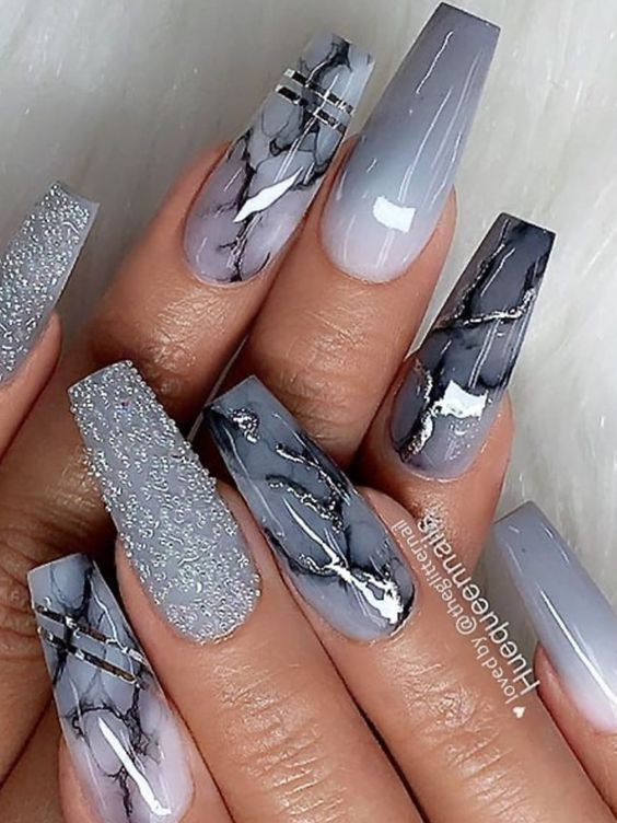Grey ombre marble nails