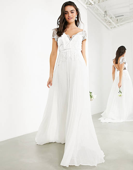 Simple affordable wedding dress with face