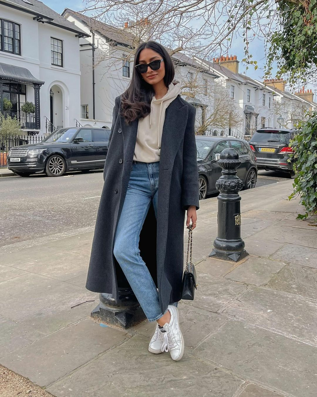 Hoodie and trench coat style for outfits with mom jeans