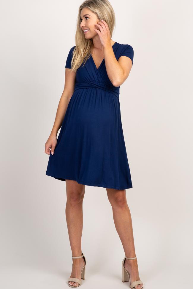 Flowy dark blue midi v-neck maternity dress for