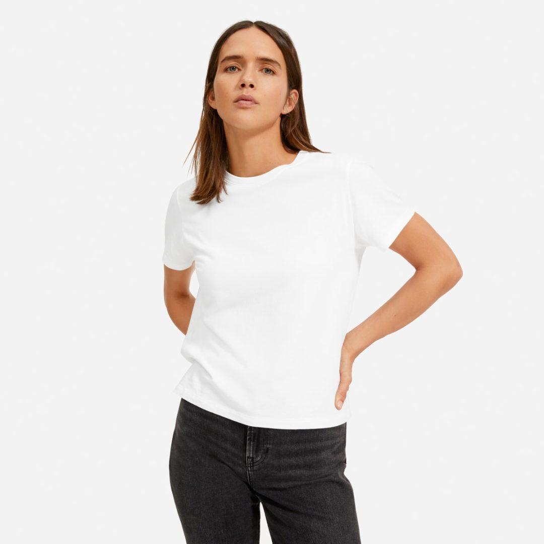 Basic white tee for minimalist french capsule wardrobe