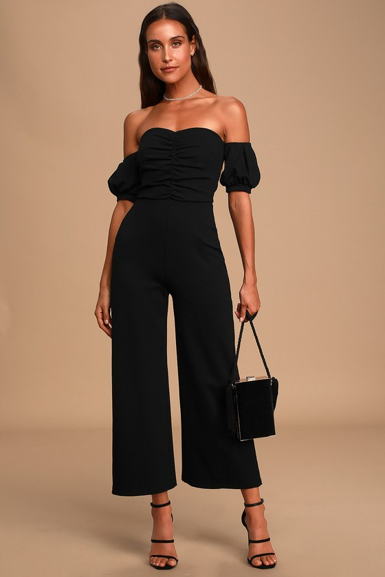 Black romper for date night outfits