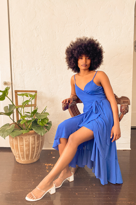 Royal blue dress wedding guest outfit